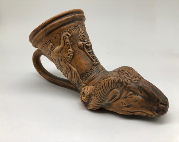 Otras cerámicas rhyton cabrero